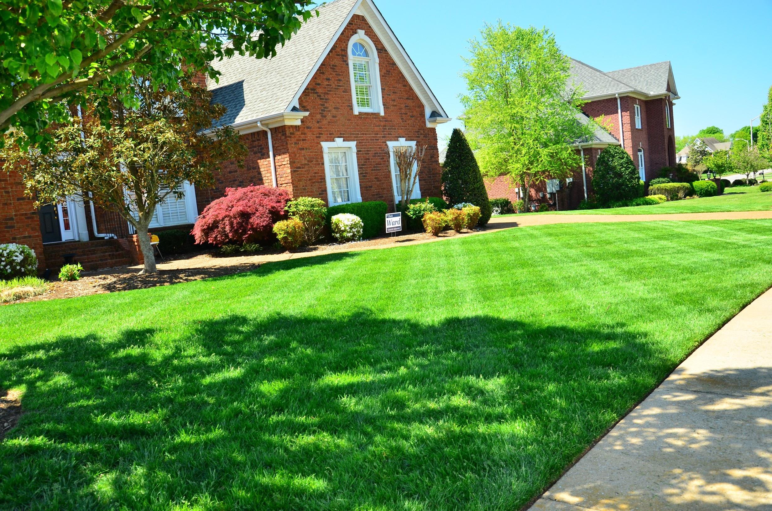 Lawn Care   Minks Outdoor Professionals • Oak Hill Gardens ...