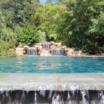 oak-hill-pool1
